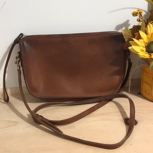Vintage Coach Women's Leather Crossbody purse/bag